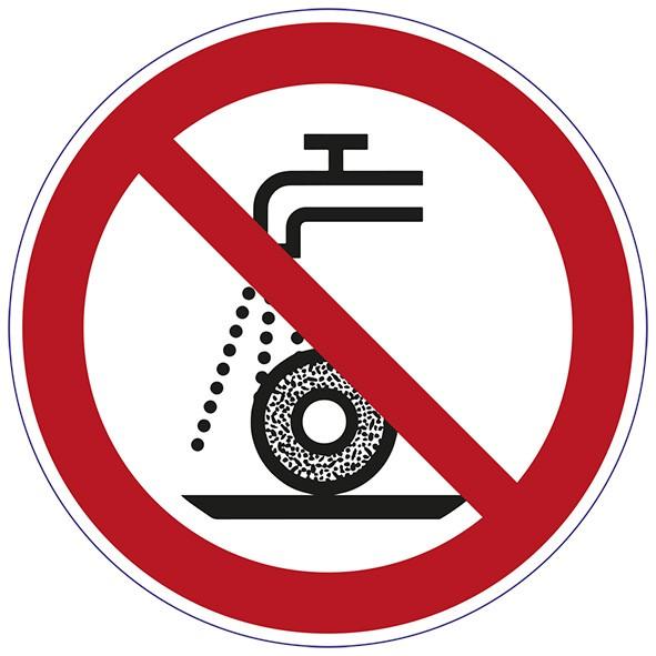 ISO 7010 - P033 - nicht zulässig für Nassschleifen